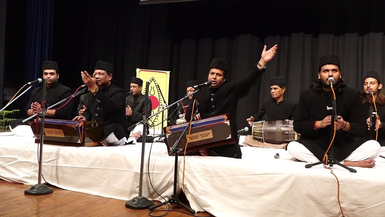 Waris brothers perform at JU